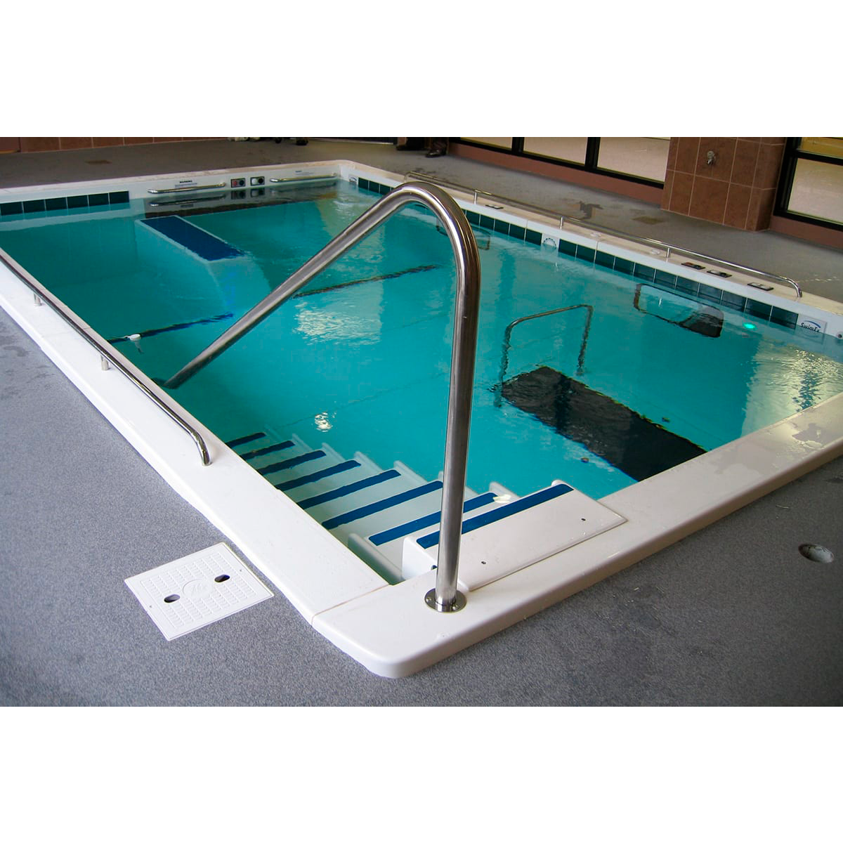 Rehabilitation swimming pools